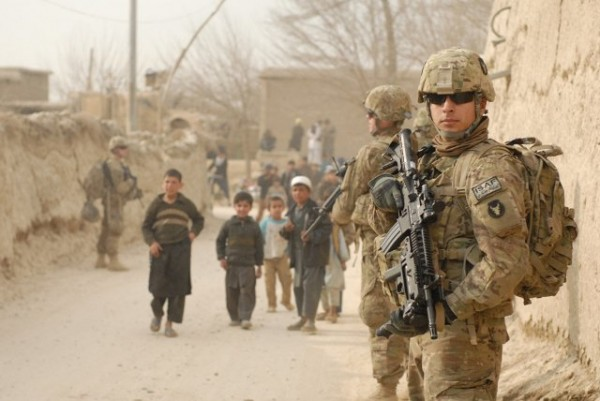 SFTTAfghan_village_patrol