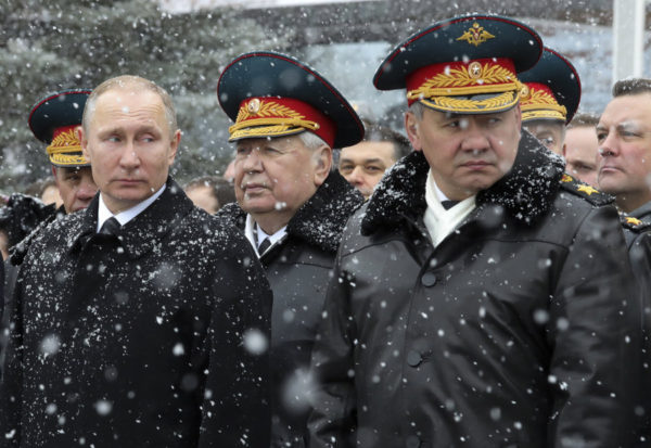 Russian military leadership with Putin